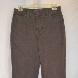 Gloria Vanderbuilt amanda brown jeans